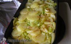 Hagymás-tepsis burgonyaköret recept fotóval