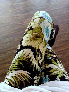 Floral / Tropical Print Leggings #Tropical