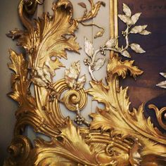 Acanthus detail via Classical Addiction.
