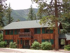 Colorado Springs Bed and Breakfast Lodge and 2 Colorado Cabin rentals in the Rocky Mountain at Pikes Peak.
