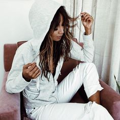 Comfy in the perfect basics. | hoodie + bf jeans now on sale @shop_sincerelyjules shopsincerelyjules.com