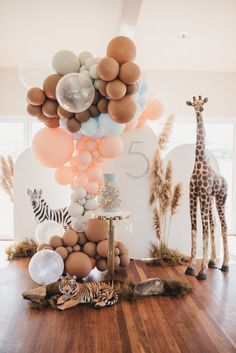 Best Baby Shower Ideas To Celebrate Mother Candidate 2019 – Page 39 of 42 baby shower ideas; baby shower ideas for boys; Deco Baby Shower, Baby Shower Balloons, Baby Shower Themes, Baby Shower Parties, Baby Boy Shower, Shower Ideas, Cloud Baby Shower Theme, Baby Showers, Safari Party