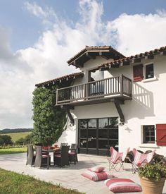 Maison de famille au Pays basque : une ancienne ferme rénovée avec brio - Côté Maison