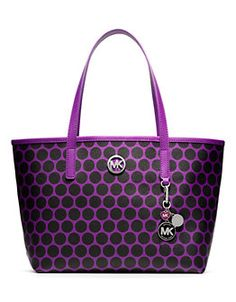 MICHAEL KORS Kiki Small Tote- just added to my purse collection! LOVE!!