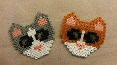 Hama mini gray & red cat