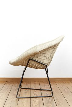 Early Diamond Chair By Harry Bertois For Knoll