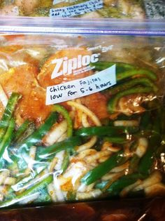 10 freezer to crockpot meals chicken fajitas in the bag: 2 green peppers 1 onion 3 chicken breasts cup chicken broth taco seasoning packet 1 tsp chili powder tsp paprika 1 tsp salt to cook: cook on low for hours shred meat and serve on tortillas Slow Cooker Freezer Meals, Make Ahead Freezer Meals, Crock Pot Freezer, Freezer Cooking, Crock Pot Cooking, Slow Cooker Recipes, Easy Meals, Cooking Recipes, Chicken Freezer