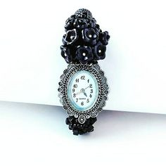 Browse unique items from TurcoazCuVanilie on Etsy, a global marketplace of handmade, vintage and creative goods. Rope Jewelry, Bead Jewellery, Macrame Jewelry, Flower Jewelry, Beaded Watches, Jewelry Watches, Handcrafted Jewelry, Handmade, Christmas Jewelry