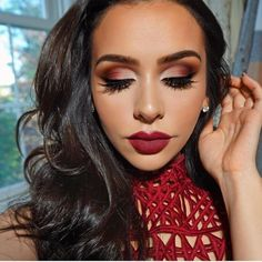 Red Smokey Eye Long Lashes Deep Red Lips Dramatic Makeup Look #dramaticmakeup