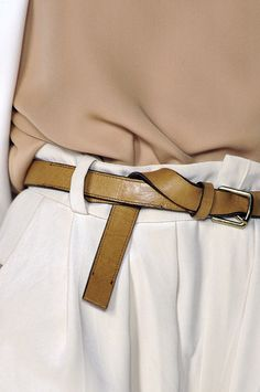 Chloé | Trouser | Belt | Soft | Tones | Neutrals | Outfit | Style | HarperandHarley