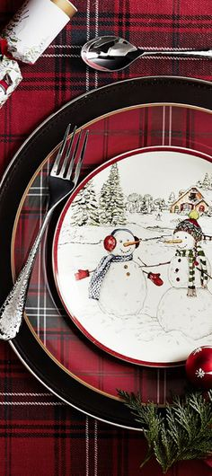 Holiday Tartan Dinner Plates