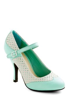 Outstanding Orator Heel. You always dreamt of using your words to help others, so when the opportunity to become a public speaker arose, you took it! #mint #wedding #modcloth