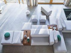 sofa designed by Dick Spierenburg Living Room Sofa, Apartment Living, Modern Couch, Dining Room Inspiration, Modular Sofa, Fabric Sofa, Sofa Set, Sofa Design, Upholstery