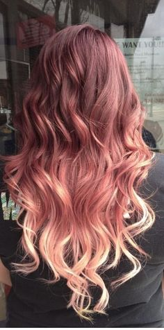 Pretty pastel powder pink for brunettes