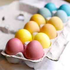 eggs dyed with foods, spices in your kitchen!