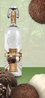 360 Double Chocolate This stuff is the bomb! Party Drinks, Fun Drinks, Beverages, Cocktail Recipes, Drink Recipes, Cocktails, 360 Vodka, Chocolate Vodka, Wine And Spirits