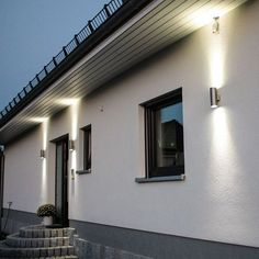 Steel / outdoor wall lamp Up & Down Fence Lighting, Exterior Lighting, Landscape Lighting, Home Lighting, Outdoor Lighting, Outdoor Wall Lamps, Outdoor Walls, Outdoor Decor, Porch Canopy