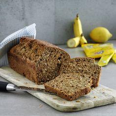 Det er ikke en kage, heller ikke et rigtigt brød – Snarere en saftig mellemting, til et godt mellemmåltid. Ca. 15 skiver