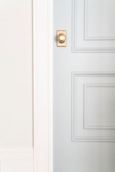 The Best Blue Gray Paint Colors - Life On Virginia Street. This gorgeous door is painted Benjamin Moore Boothbay Gray. Blue Gray Paint Colors, Door Paint Colors, Front Door Colors, Bedroom Paint Colors, Paint Colors For Home, House Colors, Neutral Paint, Front Doors, Blue Gray Walls
