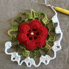 Centro de mesa passo a passo (13) Crochet Squares, Crochet Granny, Crochet Motif, Crochet Doilies, Crochet Flowers, Free Crochet, Knit Crochet, Crochet Patterns, Crochet Kitchen