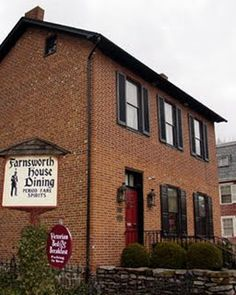Been to Gettysburg a million and one times.. eaten here, been on the tour and etc. But I would love to stay at the Farnsworth House Inn. Gettysburg, PA One of America's most haunted houses.