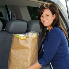 Inventor and InventHelp Client Designs More Ergonomic Way to Carry Groceries (LAX-540)