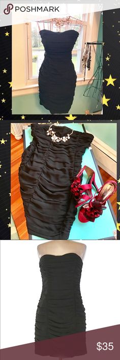 """✨H&M Cocktail Dress 👗 💕✨ Solid Black Dress H&M , 30"""" chest 24"""" Length. 💯% Polyester. Gently used. 💖Good condition 💖 H&M Dresses Mini"""