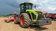 "Landtechnik ""Claas Xerion 4000"" http://www.Agrarbetrieb.com"