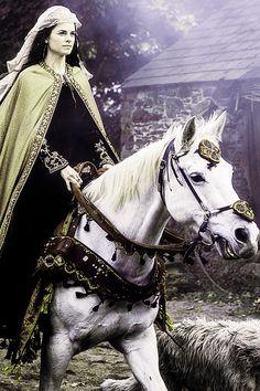 "swordoflordsnow: "" Princess Kwenthrith | Vikings 2.08 ""Boneless"" """