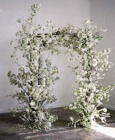 amazing wild white ceremony arch ideas