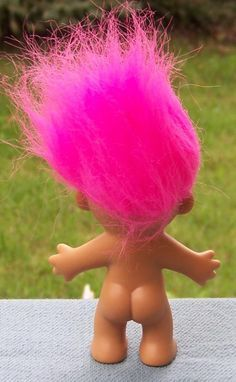 Troll Dolls were all the rage when I was at junior school. All the cool kids had them. Needless to say, I never had one.
