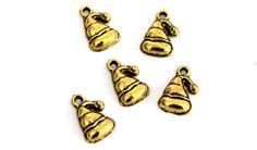 5 chapeaux de Noël pendentifs métal doré antique 22x13mm BNA201602p : Fêtes par creatist