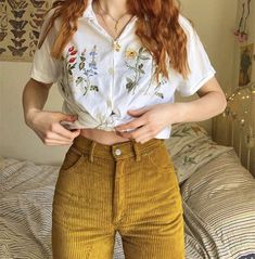Ootd 🌷🌻🌼💐 Source by hairtolashbydenise Vintage outfits Retro Outfits, Mode Outfits, Vintage Outfits, Casual Outfits, Vintage Pants, 80s Style Outfits, Artsy Outfits, 90s Style, School Outfits