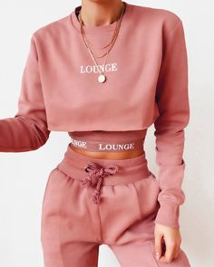 Girly Girl Outfits, Cute Comfy Outfits, Preppy Outfits, Teen Fashion Outfits, Retro Outfits, Classy Outfits, Polo Outfits For Women, Summer Outfits Women, Outfits For Teens