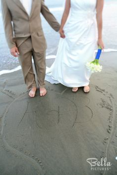 Beach Wedding Photo Shot