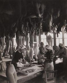 Robert Doisneau - Mannequin factory, Gelatin...