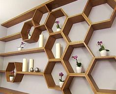 Honeycomb shelves – Carta da zucchero in bedroom wall Honeycomb shelves Honeycomb Shelves, Hexagon Shelves, Geometric Shelves, Geometric Wall, Shelving Design, Shelf Design, Wall Shelving, Wall Hanging Shelves, Diy Wood Shelves