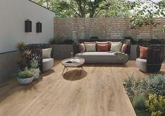 Moderne Terrasse Terrace tiles in wood look. Terrace Tiles, Garden Tiles, Outdoor Tiles, Outdoor Decor, Balcony Flooring, Wood Look Tile, Terrace Garden, Outdoor Gardens, Outdoor Living