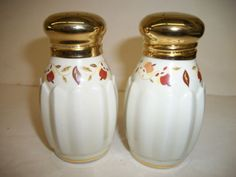 Hall China Autumn Leaf 2004 Salt & Pepper Shaker Set Collector Club Jewel Tea