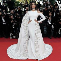 Sonam Kapoor looked sensational in a custom Ralph   Russo gown at the  screening of  The Land and The Moon  at Cannes Film Festival 299586574