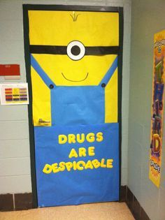 Red Ribbon Week door decoration for Josh Ribbon Bulletin Boards, Kids Bulletin Boards, Minion Door Decorations, School Decorations, School Projects, Projects To Try, School Ideas, Drug Free Posters, Valentines Day Bulletin Board