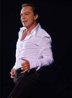 I Am a Clown Lyrics and Video by David Cassidy Star David, David Cassidy, Gorgeous Men, Sexy Men, Singer, Memories, Partridge Family, City Boy, Women