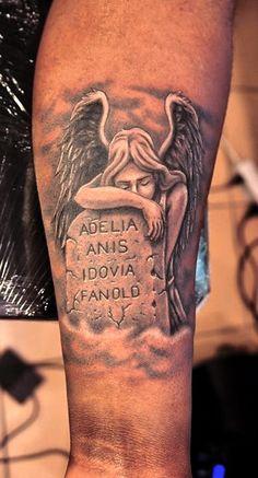 funky tattoo bucuresti_tatuaj_mana_inger