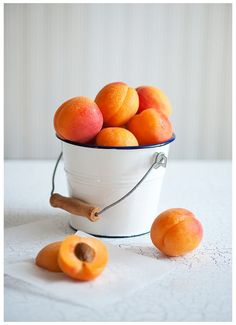 Prepared NOT Scared!: Preserve It . . . Canning Corner: Apricots!