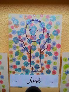 Arts And Crafts Style Painting For Kids, Art For Kids, Square 1 Art, Kindergarten Art Lessons, Kindergarten Jobs, Scrapbook Cover, Dot Day, Process Art, Outdoor Art