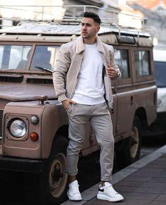 53 Best Streetwear Outfits for Men & Women in 2020 - Next Luxury