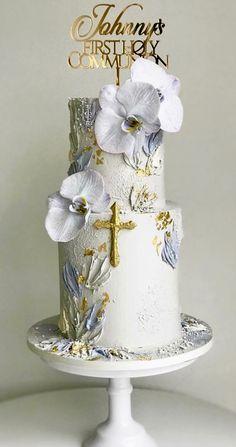 Boy Communion Cake, First Holy Communion Cake, Pretty Cakes, Beautiful Cakes, Christening Cake Boy, Religious Cakes, Baptism Candle, Modern Cakes, Baptisms