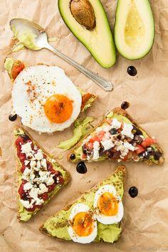 Avocado Toast: 6 Ways – 6 Υγιεινά Σνακ με Αβοκάντο Avocado Toast, Avocado Egg, Veggies, Diet, Snacks, Healthy, Breakfast, Recipes, Food