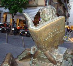 Visit the statue in Sevilla honoring Clara Campoamor!