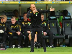Alex Neil reacts to Norwich City's 3-2 Sky Bet Championship win over Cardiff City